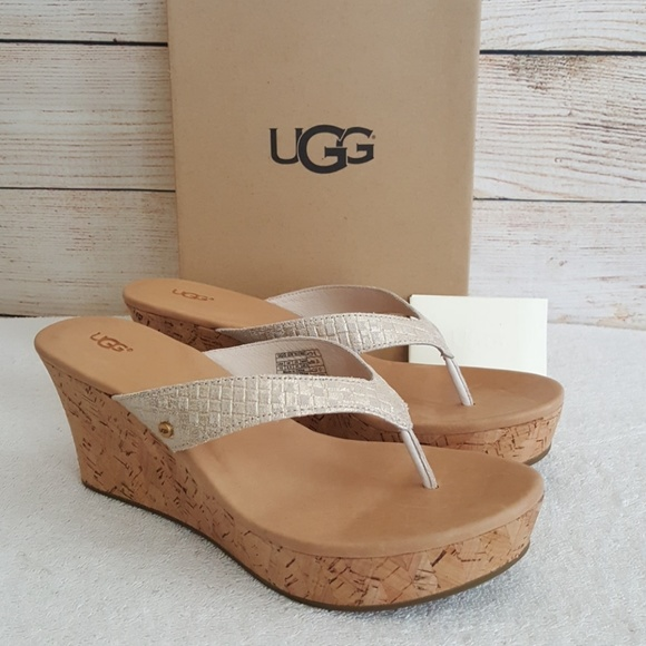 62e6bf4f522 New UGG Natassia Leather Wedge Sandal